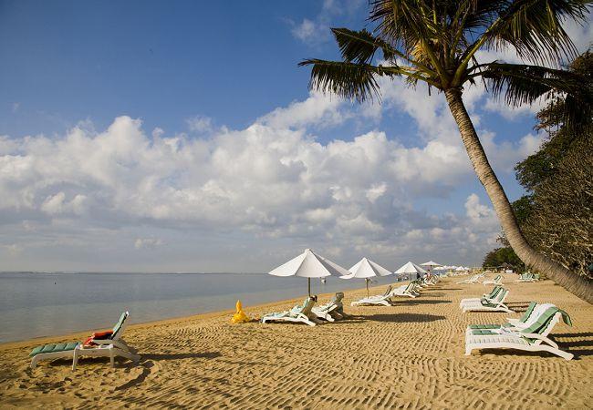Пляжи_Санура,_остров_Бали.jpg