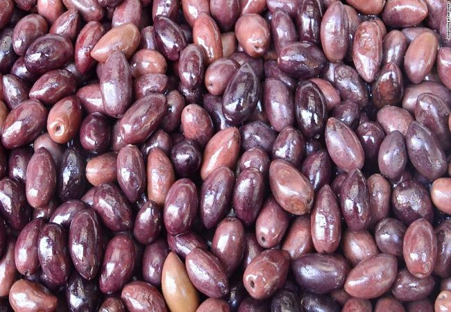 -greel-olives-in-the-vegetable-and-meat-market-in-athens-super-169_1.jpg