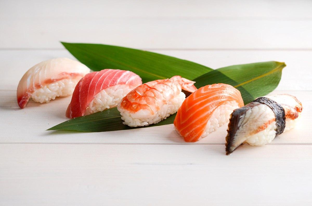 20_sushi_set1.jpg