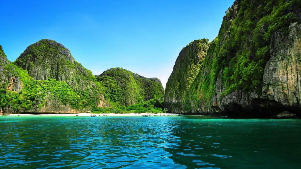 Phi-Phi-Thailand-2.jpg