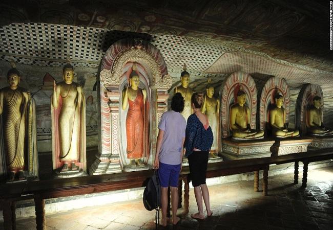 sri-lanka-dambulla-caves-horizontal-large-gallery.jpg