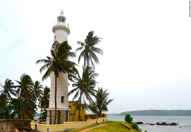 sri-lanka-galle-lighthouse-horizontal-large-gallery.jpg